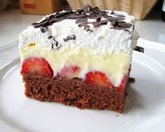 Luxusné ovocné rezy s kyslou smotanou: Robím ho vž - Torta Sandwich Ideas Czech Desserts, Romanian Desserts, Sweets Cake, Cupcake Cakes, Dessert Drinks, Dessert Recipes, Plum Cake, Best Cheese, No Bake Cake