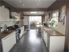 29 Lilac kitchen