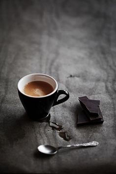 espresso and dark chocolate; Most ideally: dark Ecuador chocolate variety with Ethiopian coffee no sugar no milk I Love Coffee, Coffee Art, Coffee Break, My Coffee, Coffee Drinks, Morning Coffee, Coffee Shop, Coffee Cups, Black Coffee