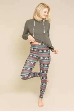 Snowy Chill Fleece Lined Leggings $15 // Popular, and trending fleece lined leggings for the most comfortable and warm clothing for this winter. A seasonal must-have style.