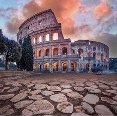 Design Lust ... #Rome @pinkines #travelstitaly #photography #design #artsy #romantic #decor #hotel #hotellife #hoteldesign #hotels #hotelstyle #architecture #view #travelblogger #travels #travelguide #hotelinterior #traveler #traveling #traveltheworld #travelholic #traveleurope #wanderlust #travel #bucketlist #architecturelovers #europe #wanderlust #traveladdict #hoteldesign #inspiration #inspo #travelblog #destinationwedding #travelgram #dyi