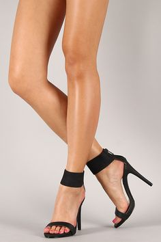 Dollhouse Peruse Metallic Ankle Cuff Open Toe Heel