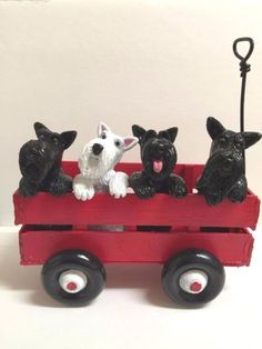 New-hand-build-and-hand-sculpture-Scotties-terrier-dog-riding-wagon-figurines