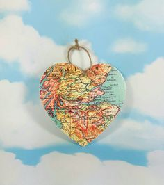 Hey, I found this really awesome Etsy listing at https://www.etsy.com/uk/listing/497139401/edinburgh-map-heart-wanderlust-gift-wall