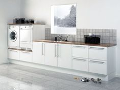 Way too big a laundry . you don't need all of this space/storage in the laundry ! Kitchen Decor, Laundry Room Inspiration, Laundry Mud Room, House Interior, Interior Design Living Room, Kitchen Design, Laundry Room Design, Kitchen Remodel, Kitchens Bathrooms