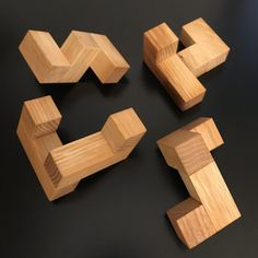 The Four Piece Interlocking Cube design by Stewart Coffin, an interlocking puzzle exchanged by Norton Starr at Paris and crafted by Bill Sheckels. Woodworking Hand Tools, Woodworking Techniques, Woodworking Projects, Iq Puzzle, Cube Puzzle, Christmas Jars, Vintage Christmas Ornaments, Pumpkin Planter, Cube Design