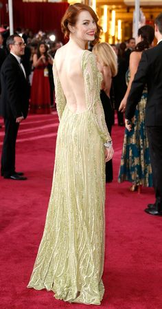 The Oscar Gowns With the Best Back Views . Emma Stone Oscars, Celebrity Dresses, Celebrity Style, Emma Stone Red Carpet, Emma Stone Style, Actress Emma Stone, Oscar Gowns, Fashion Gallery, Red Carpet Dresses
