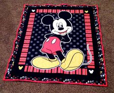 Quilts that Could Be Yours This Ququilting Mickey Mouse Quilt or Nursery Bedding Set by LannersQuilts on Etsy Quilting Projects, Quilting Designs, Sewing Projects, Quilting Ideas, Fleece Tie Blankets, Baby Blankets, Mickey Mouse Quilt, Disney Quilt, Horse Quilt