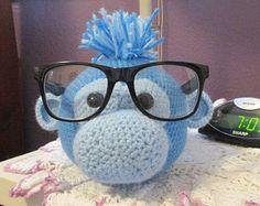 Blue guy eye glass holder