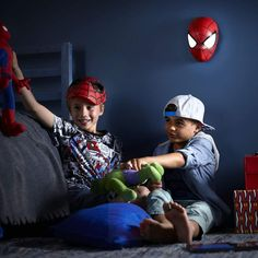 Applique LED Disney Spiderman à piles Spiderman, Disney, Applique, Lighting, Bedroom, Kid, Spider Man, Disney Art, Amazing Spiderman