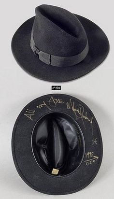 b39ae8895a5e7 Michael Jackson s hat gone in auction for €6000 in France http   www