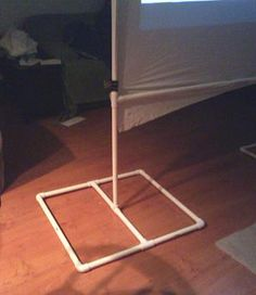 Rear Projection Screen out of PVC pipe Pvc Pipe Projects, Cool Diy Projects, Home Projects, Outside Living, Outdoor Living, Projector Screen Stand, Projection Screen, Diy Backdrop, Houses