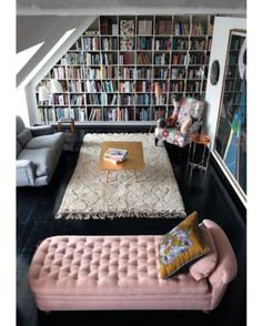 What a setup! #booksthatmatter #bookhugs #bloomingtwig #yourstory