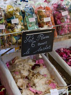 Pot Pourri for Sale, Grasse, Alpes-Maritimes, Provence, France, Europe