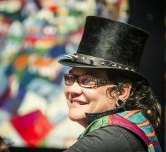 Sue Lund - artist  - NZ Art Show 2013 Nz Art, Lund, Artist, Fashion, Moda, Artists, Fasion, Trendy Fashion, La Mode