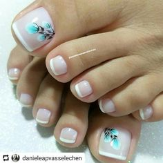Trendy French Pedicure Novelties of French Design Pedicure, Trends&Photo Ideas Pretty Toe Nails, Cute Toe Nails, Love Nails, Toe Nail Color, Toe Nail Art, Nail Colors, Pedicure Nail Art, Manicure And Pedicure, Ring Finger Nails