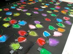Colored value lights & Art with Mrs. Nguyen (Grams): Colored Value Lights & Colored value lights & Art with Mrs. Nguyen (Grams): Colored Value Lights & Christmas Art Projects, Christmas Arts And Crafts, Winter Art Projects, 3d Christmas, Holiday Crafts, Classroom Art Projects, School Art Projects, Art Classroom, 4th Grade Art