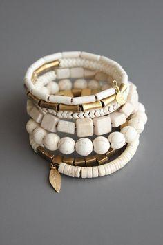 wrap bracelet with magnesite and brass Boho Jewelry, Beaded Jewelry, Jewelry Design, Jewelry Necklaces, Origami Jewelry, Punk Jewelry, Designer Jewelry, Tribal Jewelry, Diy Necklace