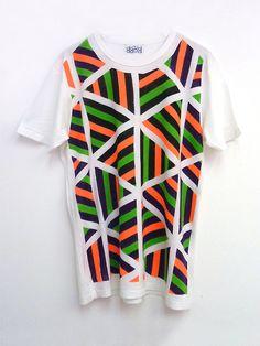 David David — Hand painted t-shirt, White 6 Equal Sides