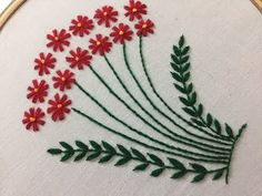 Wonderful Ribbon Embroidery Flowers by Hand Ideas. Enchanting Ribbon Embroidery Flowers by Hand Ideas. Hand Embroidery Flower Designs, Hand Embroidery Projects, Hand Embroidery Tutorial, Embroidery Flowers Pattern, Simple Embroidery, Learn Embroidery, Hand Embroidery Stitches, Silk Ribbon Embroidery, Crewel Embroidery