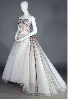Balmain haute couture | 1961