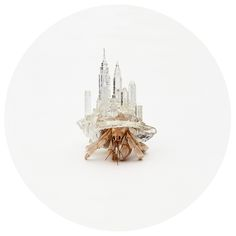"""Why Not Hand Over a """"Shelter"""" to Hermit Crabs? by Aki Inomata A series of unique, acrylic cityscapes serving as shelter for a homeless hermit crab. Hermit Crab Homes, Hermit Crab Shells, Hermit Crabs, Carapace, Snail Shell, Famous Landmarks, City Landscape, 3d Prints, Japanese Artists"""
