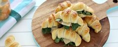 What You Eat, Spanakopita, Buffet, Finger Foods, Sushi, Food And Drink, Appetizers, Snacks, Chicken