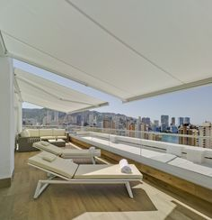 Hotel Don Pancho | Rooms | Ático Suite | Terrace with incredible views of #Benidorm #hoteldonpancho #hotel #sea #holidays #vacaciones #playa Outdoor Furniture, Outdoor Decor, Sun Lounger, Home Decor, Live, Chaise Longue, Decoration Home, Room Decor, Interior Design