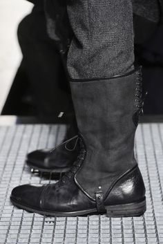 When they are wearing something that they feel good in, they feel stronger, more powerful, more confident - John Varvatos