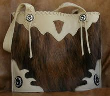 Hair on Hide Handbag Western Purses, What A Girl Wants, Cowgirl Style, The Chic, My Style, Country Style, Bucket Bag, Purses And Bags, Wallets