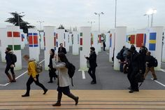 Des multinationales qui bénéficient d'une place de choix dans les négociations... http://www.liberation.fr/planete/2015/12/05/la-cop-21-paradis-du-greenwashing-et-des-conflits-d-interets_1418460#link_time=1449313779