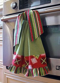 hand towels Flour Sack Ruffle Tie On Dish/Kitchen/Hand Guest towel-Christmas Gifts/Modern Stripes Holiday gift Hostess gift, housewarming, teacher gift Dish Towel Crafts, Dish Towels, Tea Towels, Cotton Towels, Swimsuit Cover Up Dress, Towel Dress, Hanging Towels, Kitchen Towels Hanging, Christmas Sewing