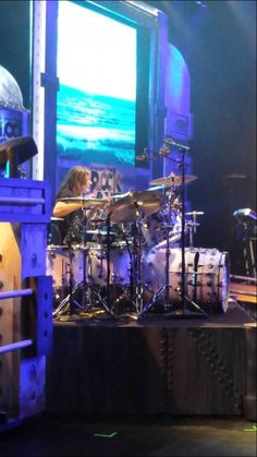 Blas Elias sitting in on Raiding The Rock Vault