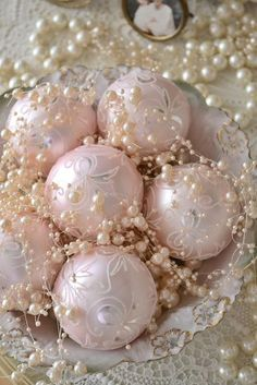 DIY:: Pink Christmas Glass Ornaments