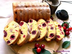 Prajitura simpla cu visine Cake Factory, French Toast, Muffins, Cupcakes, Sweets, Breakfast, Desserts, Recipes, Blog