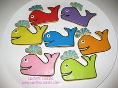 Whales with an extra fun spout by Cristin's Cookies