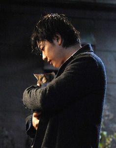 "[Trailer, long ver (MV), song: Hizumi by HARUHI] https://www.youtube.com/watch?v=BPa0DLEy5cY  [Other trailers, Official site] http://www.sekaneko.com/    Takeru Satoh x Aoi Miyazaki, J LA movie ""Sekai kara Neko ga Kieta nara (If A Cat Disappears From The World)"". Release:May/14/16   [Plot] http://asianwiki.com/If_Cats_Disappeared_From_the_World"