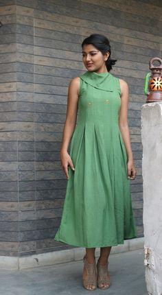 Maxi dress for women/Green linen dress/ Linen pleated dress/made to order/ custo… – Linen Dresses For Women Linen Dresses, Cotton Dresses, Casual Dresses, Maxi Dresses, Work Dresses, Frock Fashion, Fashion Dresses, Gothic Fashion, Maxi Dress Summer