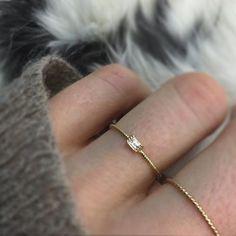 14kt Diamond Golden Grace Twist Ring