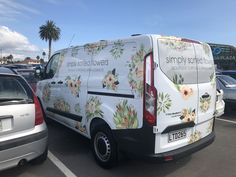 Florist vehicle design by CIP Design Studio. If you're interested in custom vehicle signage by an art designer with signage background then look no further than CIP Design Studio the all-rounders in design.