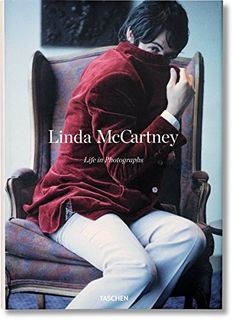 Life in Photography - Linda McCartney ://www.amazon.fr/dp/3836555581/ref=cm_sw_r_pi_dp_x_cYvrybZHD4704