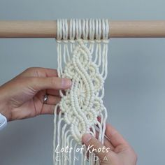 DIY Macrame Tutorial - Intermediate Pattern Using Double Half Hitch Knots!, knots tutorial DIY Macrame Tutorial - Intermediate Pattern Using Double Half Hitch Knots! Macrame Design, Macrame Art, Macrame Projects, How To Macrame, Macrame Wall Hanging Patterns, Macrame Plant Hangers, Free Macrame Patterns, Half Hitch Knot, Rope Crafts