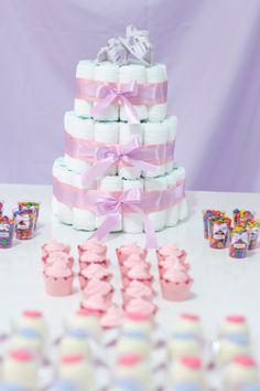 Decoração Chá de Bebê, bolo de fraldas