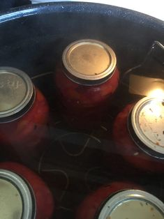How to Can Tomatoes: Water-Bath and Pressure-Canning Heirloom Tomato Seeds, Heirloom Tomatoes, High Acid Foods, Canning Whole Tomatoes, Tomato Season, Canning Lids, Tomato Garden, Pressure Canning, How To Can Tomatoes
