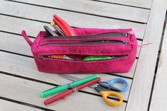 Trousse Zip-Zip en suédine rose cousue par Nanie - Patron Sacôtin