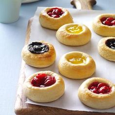This kolache recipe was given to me by my mother-in-law, who received it from her mother! It was a standard treat in their family, made nearly every week. Now I make these kolaches for my own family for special occasions. Baking Recipes, Cookie Recipes, Dessert Recipes, Bread Recipes, Gula, Czech Recipes, Polish Recipes, Polish Food, Strudel