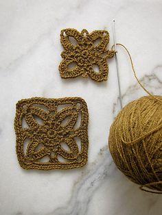 • Freesia Square • - free pattern @ un punto a la vez • one stitch at a time