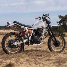"""Suzuki DR500 """"Surftracker"""" by AREAGE Motorcycles featured on @classiclifecycles. : @markmeisner :: #dr500 #dualsport #scrambler #tracker"""
