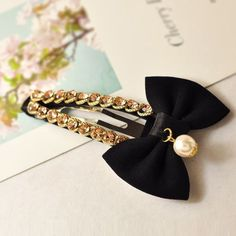 Pearl hair pins jewellery You are in the right place about DIY Hair Accessories ribbon Here we offer Diy Hair Accessories Ribbon, Diy Hair Bows, Hair Accessories For Women, Headband Hairstyles, Diy Hairstyles, Hair Scarf Styles, Tangled Hair, Baby Hair Clips, Pearl Hair Pins