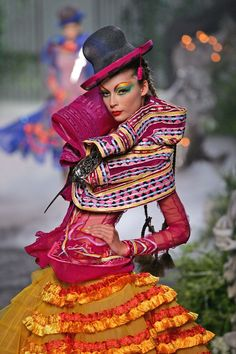 Christian Dior Fall 2005 Haute Couture